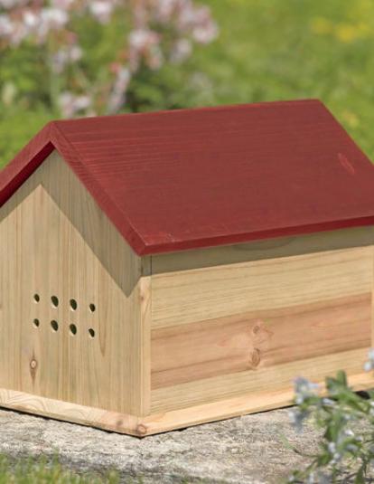 Bemeficial Bumblebee House