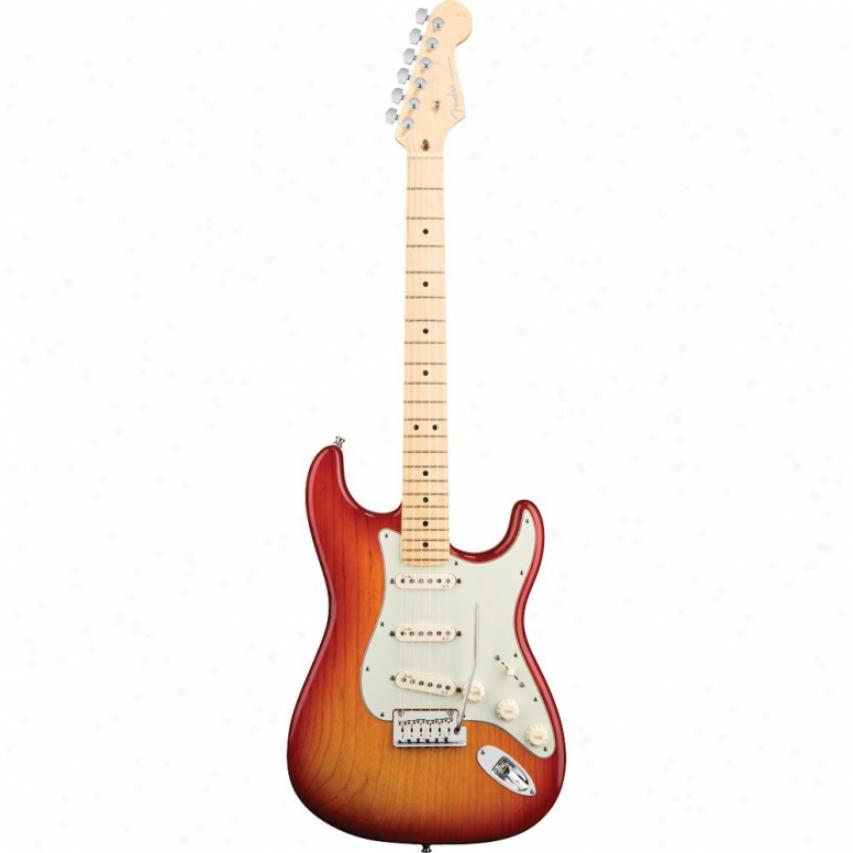 Fender® American Deluxe Stratocaster® Ash/maple - Aged Cherry Burst