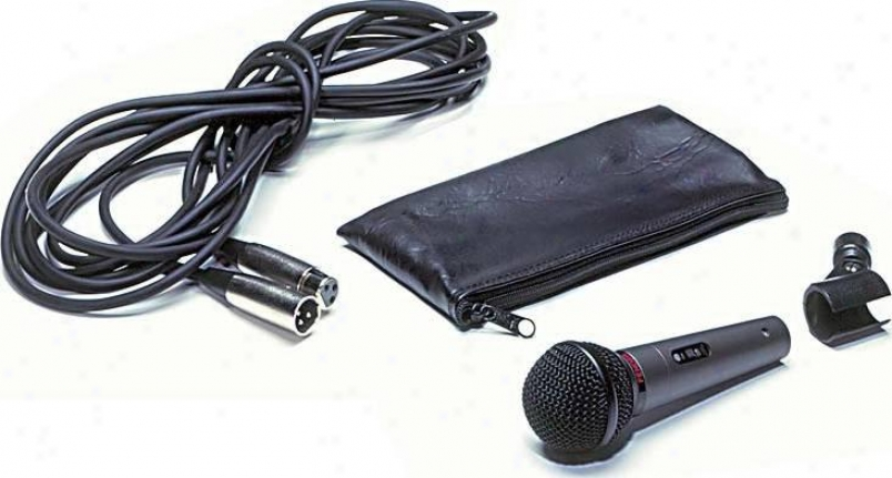 Fender® High Quality, Cardioid Pattern Dynamic Microphone Kit