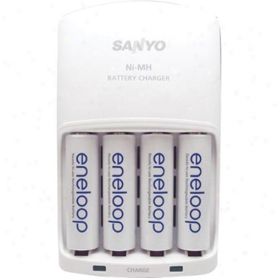 Ge/sanyo Charger With 4 Aa Precharged/rechargeable Batteries Mqn064n