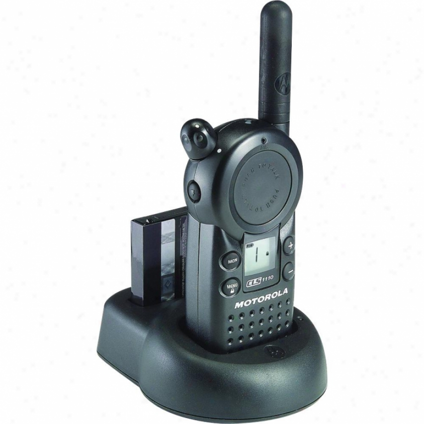 Motorola Cls1110 Profeasional Uhf 2-way Radio Walkie Talkie