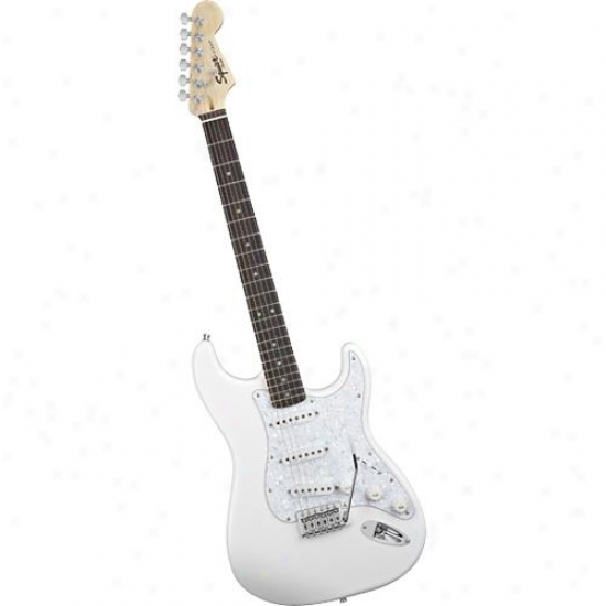 Squier® 030-1600-080 Start Playing Electric Pack