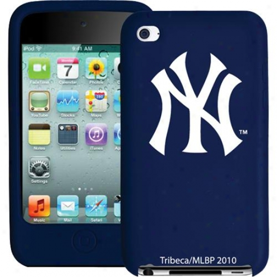 Tribeca New York Yankees Varsity Jacket Silicone Box For Ipod Touch (2010)