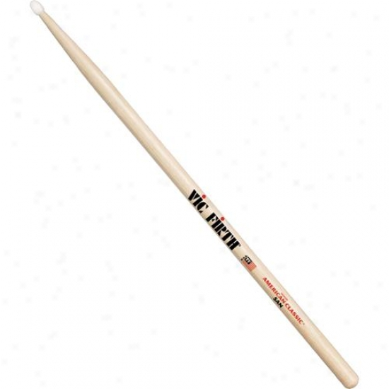 Vic Firth 5an American Classc Nylon Tip Hickory Drumsticks