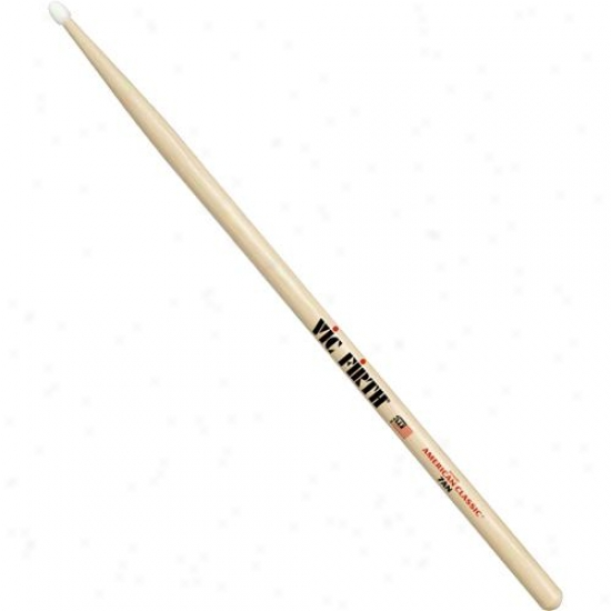Vic Firth 7an American Classic Nyoln Tip Hickory Drumsticks