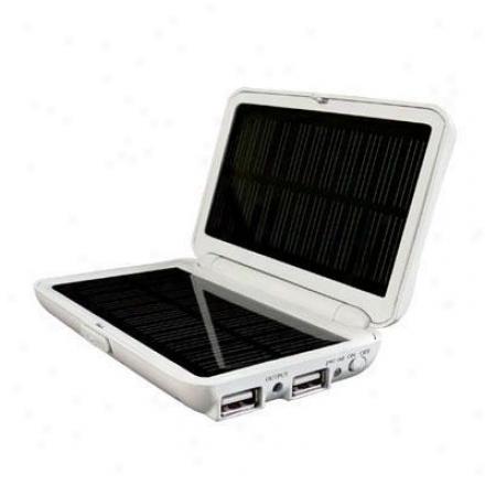 Wagan Tech Solar E Power Charger 2558