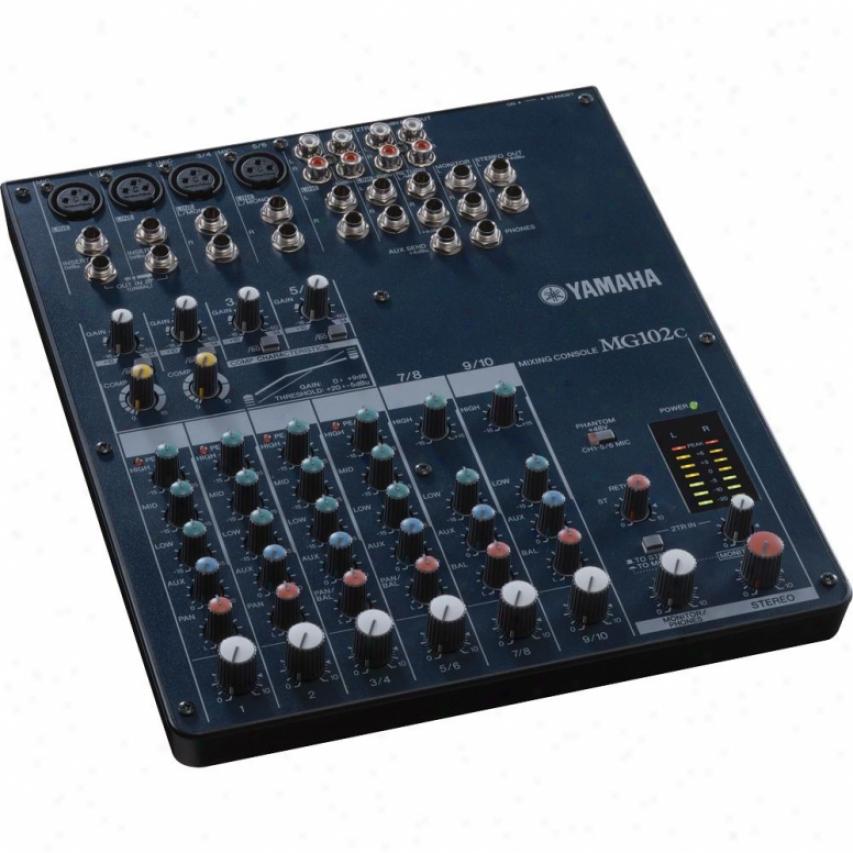 Yamaha 10-input Stereo Mixer