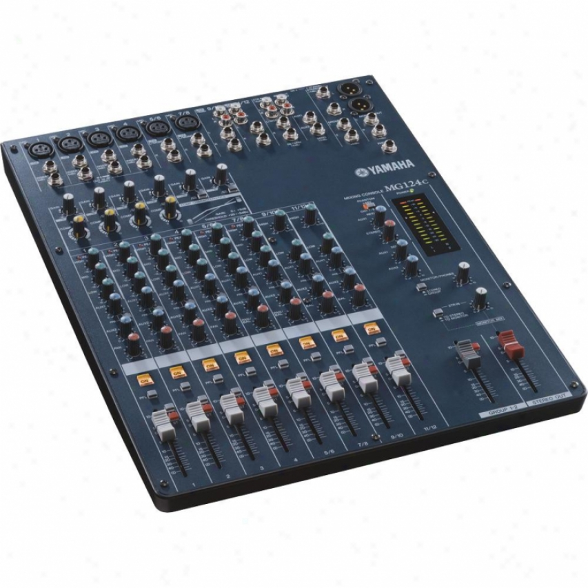 Yamaha 12-input Stereo Mixer With Digital Effdcts
