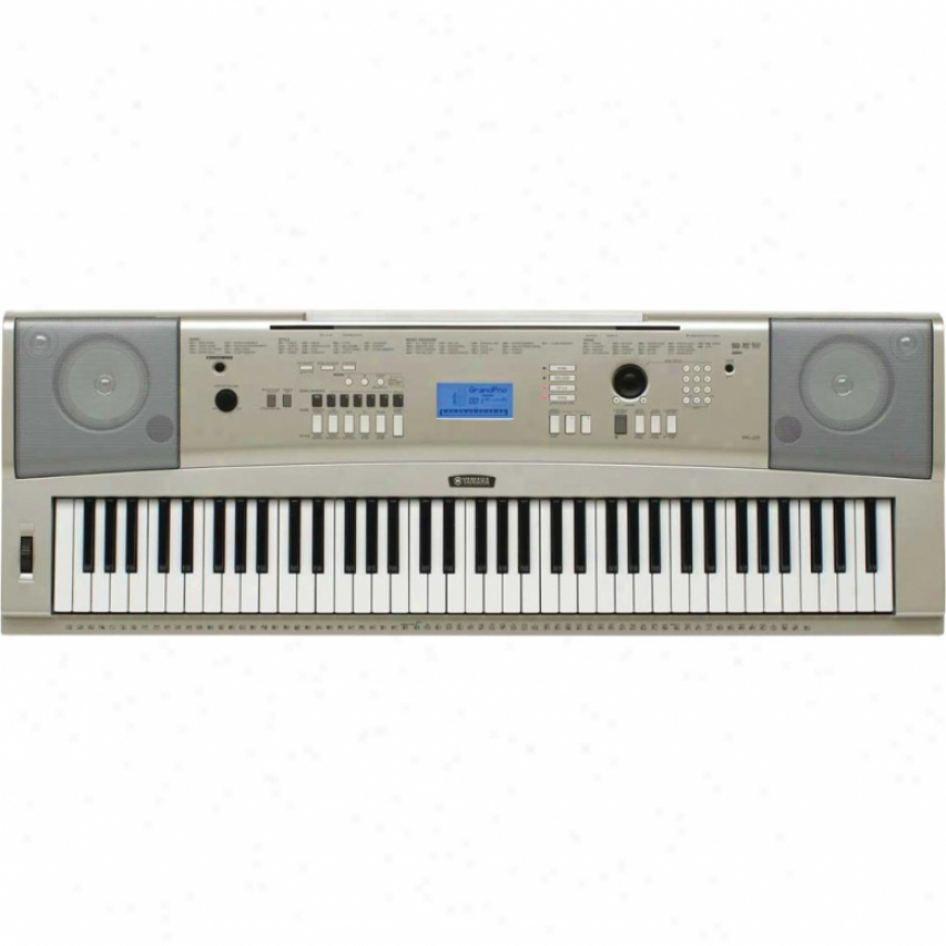Yamaha Ypg-235 Piano-focused 76-key Yamhaa Portable Grand