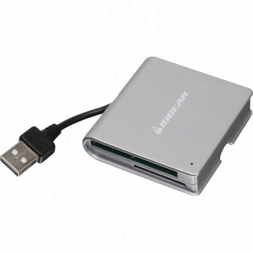 Iogear Gfr210 50-in1 Portable Memory Card Reader