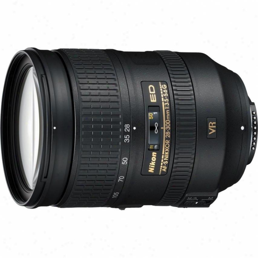 Nikon 28-300mm F/3.5-5.6 Af-s Ed Vr Nikkor Lens