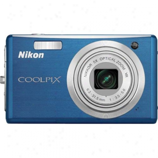Nikon Open Box Coolpix S560 - Cool Blue