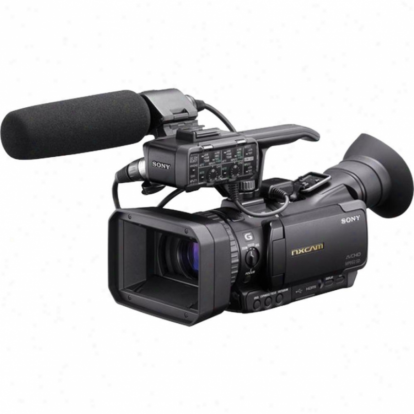 Sony Professiinal Compact Avchd Camcorder - Hxr-nx70u