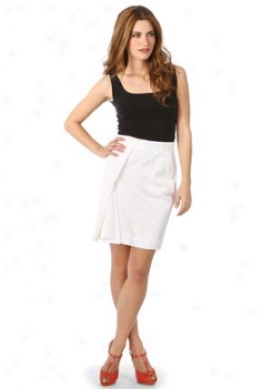 Chloe White Pleated Detail Skirt Wbt-8eju56006-wh40
