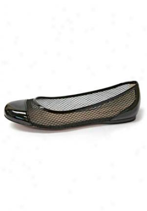 Ellen Tracy Callen Black Patent Leather Flats 310627-10-8
