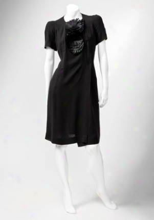 Fendi Black Narrow Sleeves Dress Dr-fd6829-bwd-black-44