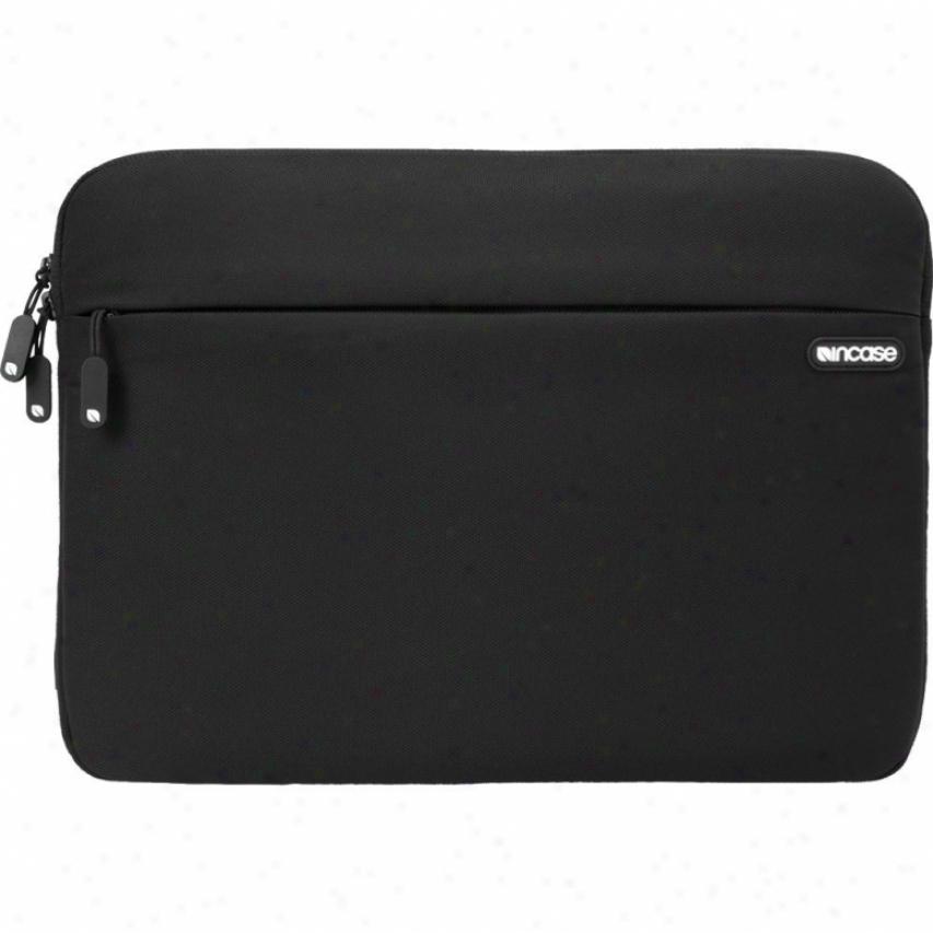 "Incase Cl57479 13"" Nylon Protective Sleeve For Macbook Pro - Black"
