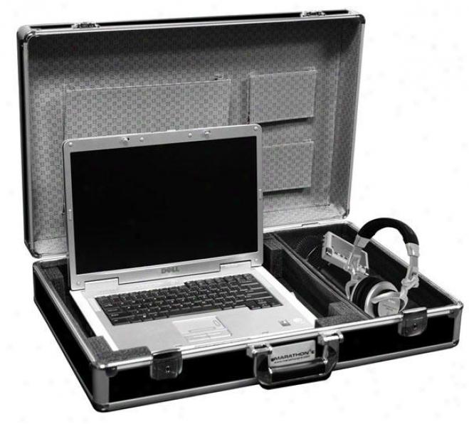 "Marathon Pro Euro Style Laptop Case Holds Up Tp A 17"" Laptop W/ Side Storage"