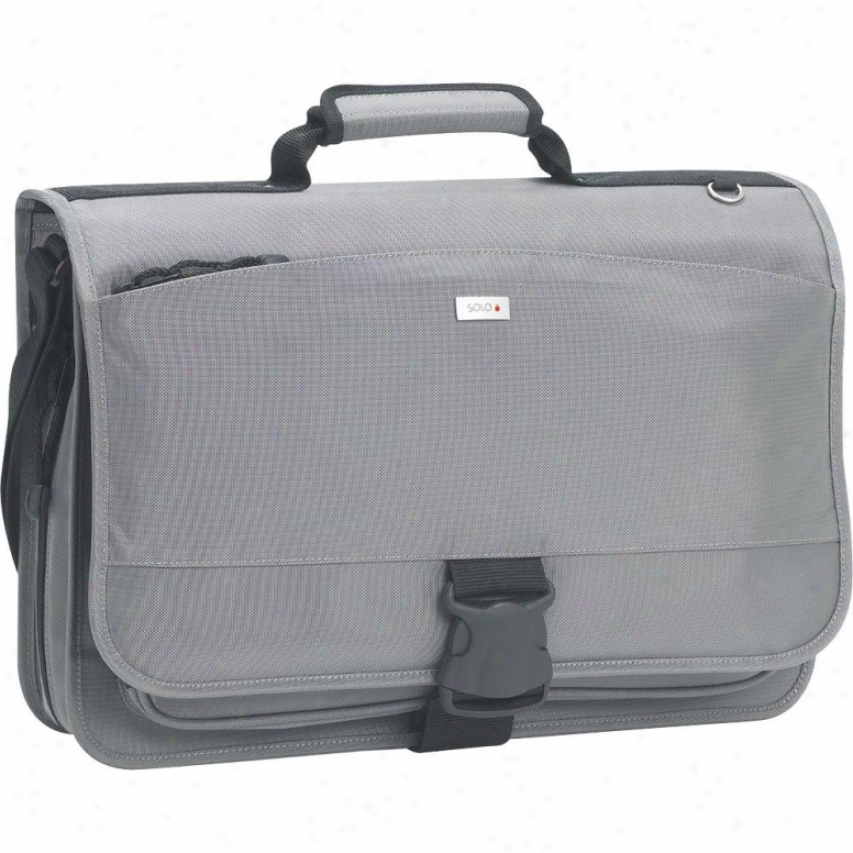 "Solo 15.4"" Nylon Messenger Bag Grey"