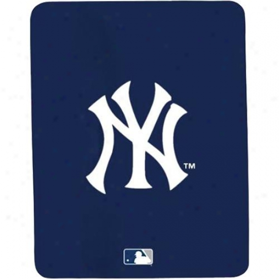 Sports Images New York Yankees Silicone Ipad Case - Ifbbnyyipad