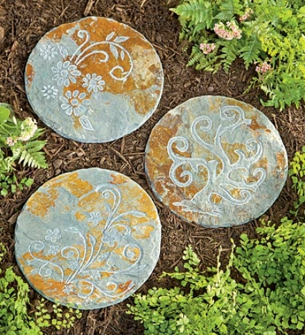 "12 "" Dia. X 1/2""h Botanical Slate Stepping Stonebuy 3 Or More At $10.95 Each"