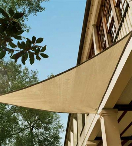 "16'5"" Fade-resistant Sunblocking Triangle Shade Glide"