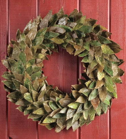 "20"" Dia. Glld-edged Leaf Wreath"