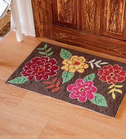 "20""w X 30""l Hand-hooked Washable Chrysanthemum Rug"