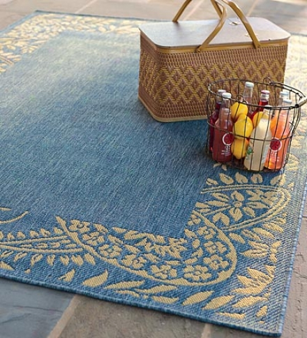 "7'1"" X 11'5"" All-weathet Indoor/outdoor Polypropylene Four-seasons Anywhere Area Rug"