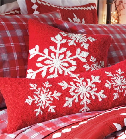 "8""w X 24""l Oblong Hooked Wool Holiday Snowflake Pillow"