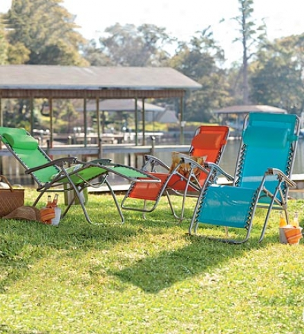 Adjustable Zero Gravity Outdoor Lawn And Beach Chair In Bright Colors
