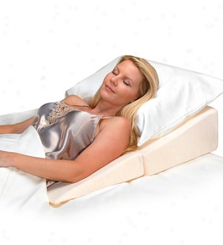 Contour Folding Wedge Pillow With Velour Coegr