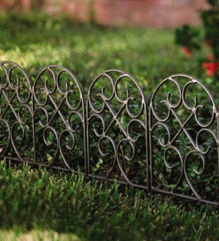 Easy-locking Garden Or Flower Bed Iron Scroll Edging