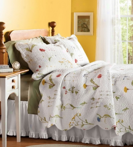 Embroidered Cotton Emily Floral Full/queen Quilt Set