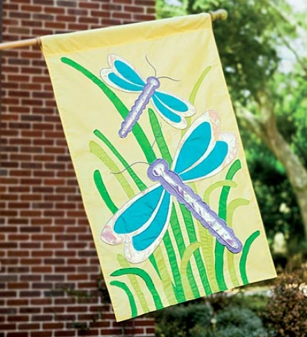 Fade-resistant Sparlling Dragonfly Appliqué Flag With Embroidered Stitching