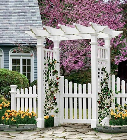 Fai5field Arbor With Trim