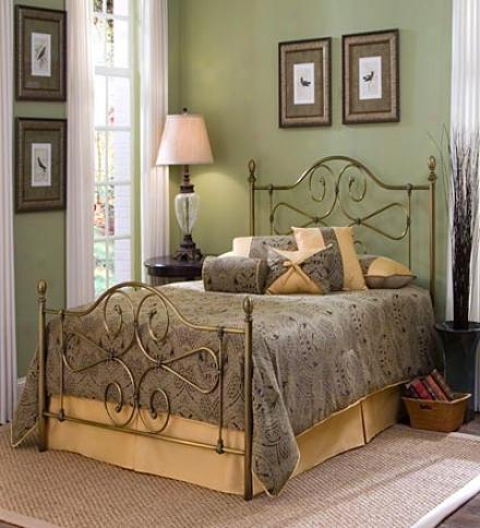 Full-size Hayley Victorian Style Antique Brass Heabdoard