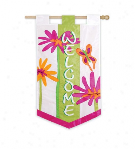 "Gerber Daisy Welcome Flag 25""w X 46""l"