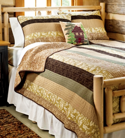 King Cabin Night Quilt