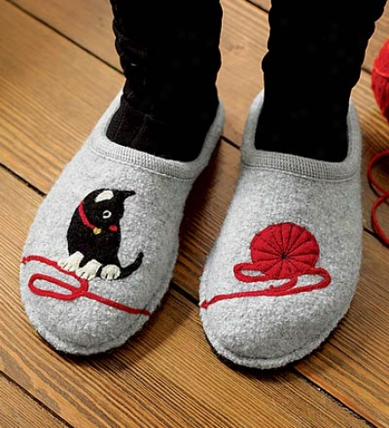 Kitty & Yarn Appliqu??d Wool Slippers