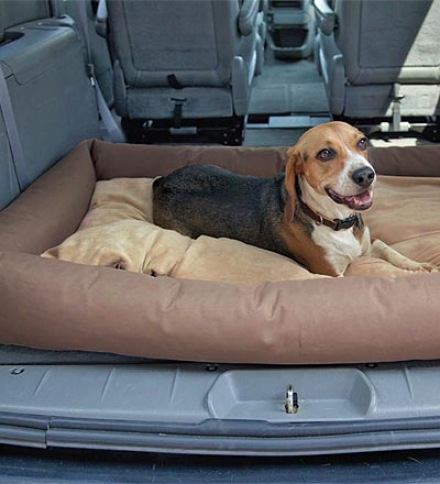 Large Bolster-style Non-skid Waterproof Nylon Suv Pet Journeying Bed With Reversible Inner Pillow