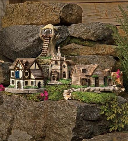 Little Polyresin Fairy Village 4-piece Set