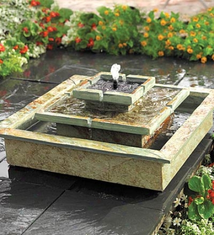 Outdoor Stepped Slate Soiar Fountain