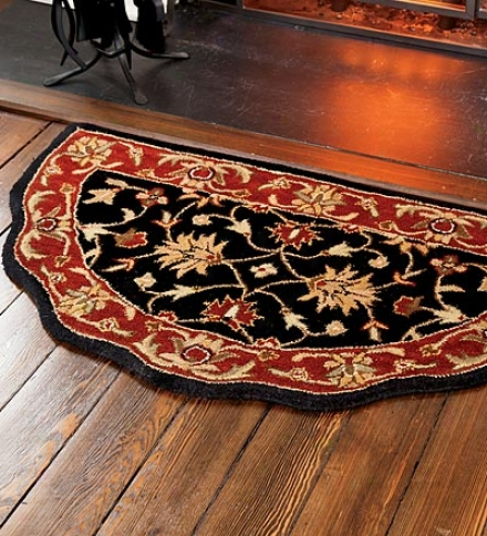 Scalloped Wool Hearthstone Rug