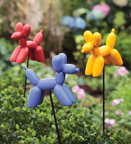 Set Of 3 Balloon Dog Resin Garden Stakes