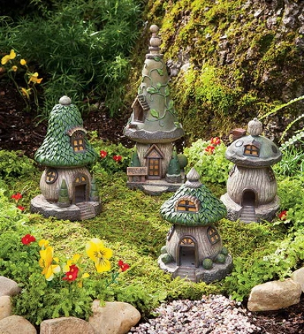 Set Of 4 Polyresin Outdoor Gnome Homes
