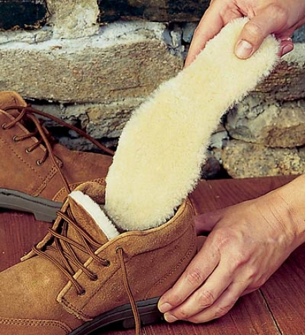 Ugg® Australia Men's Cut-to-fit Sheepskin Insoles