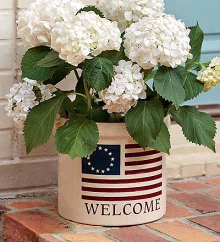 Usa-made Americana Welcome Stonewre Crock