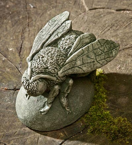 Usa-made Handcrafted Cast-stone Bee Buzz
