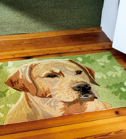 Washable Hand-hooked Yellow Labrador Retriever Accent Rug